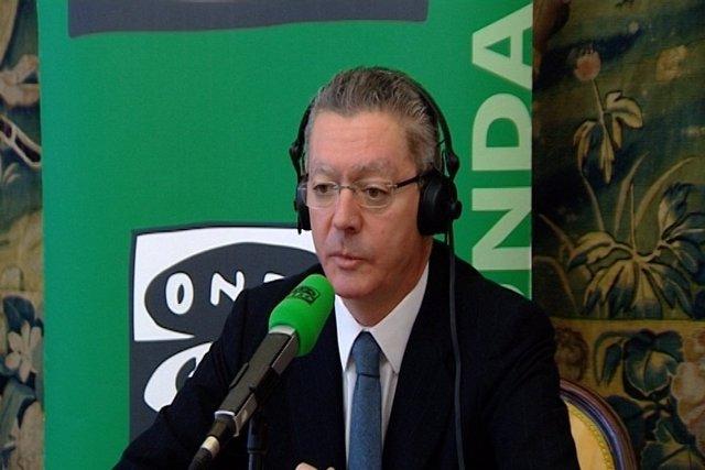 """Gallardón:""""Gobierno ha trasladado a Fiscalía homenajes a etarras"""""""