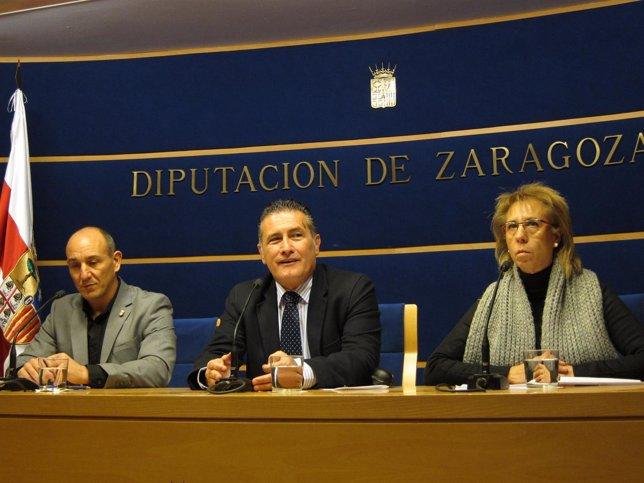 Abad, Ariza y Sediles en la presentación de la jornada de turismo de Valdejalón