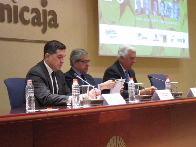 Gaspar Llanes, Braulio Medel y Santiago Herrero