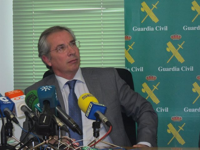 Javier de Torre en el acto de presentación de los equipos ROCA en Cádiz