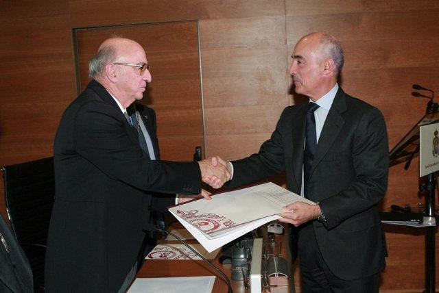 Rafael del Pino recoge el premio de la RAI