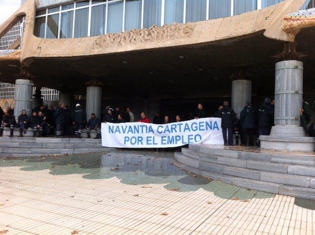 Los trabajadores de Navantia piden apoyo en la Asamblea