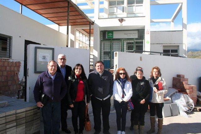 Arévalo en su visita al colegio rual Alcolea-Fondón