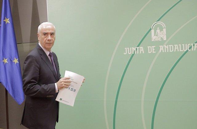 El consejero de Educación, Cultura y Deporte de la Junta, Luciano Alonso