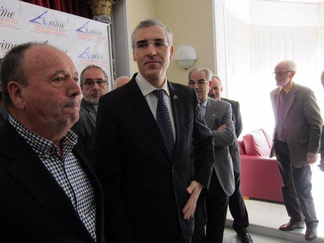 El conselleiro Francisco Conde en Vigo