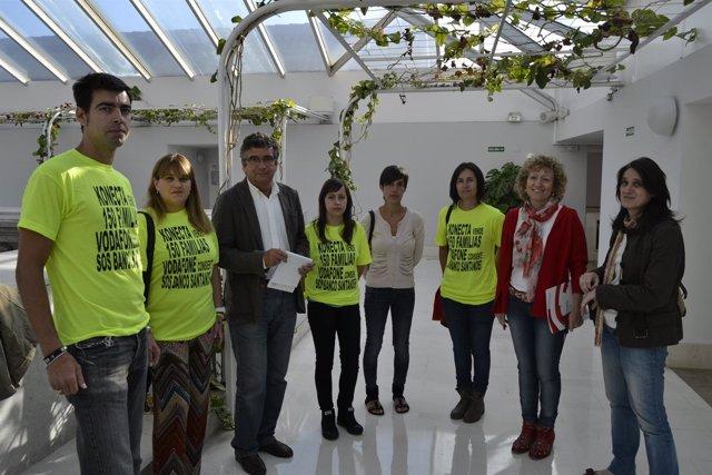 Los socialistas se reúnen con representantes de los trabajadores de Golden Line