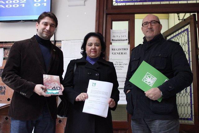 Alberto Mercado, Lola Dávila y Manuel Visglerio, del PA