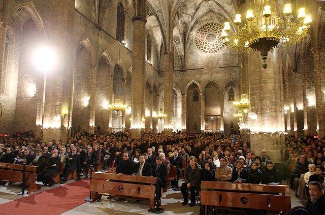 Misa en memoria de los difuntos de 2012 en Santa Maria del Mar