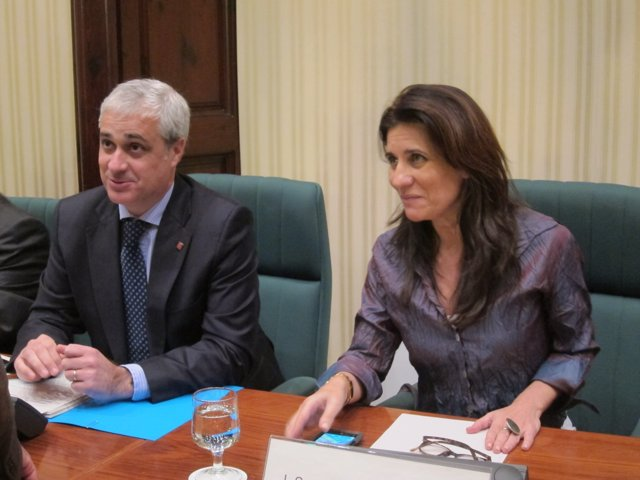 El conseller de Justicia, Germà Gordó, y la diputada Gemma Calvet (ERC).
