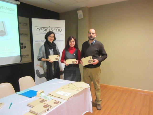 Presentación de las agendas solidarias con plumeros