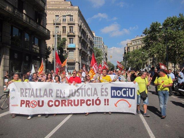 Manifestación de funcionarios de Justicia contra los recortes del Govern