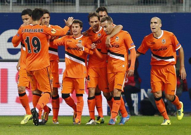 El Valencia celebra un gol en la Europa League