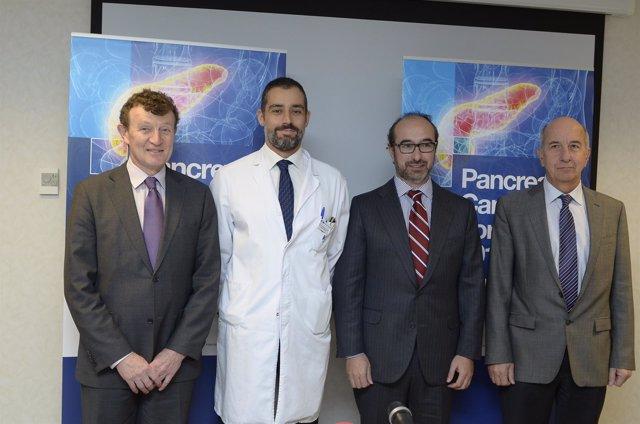 2013 11 29 De Izda A Dcha, Los Doctores Moore, Mascías, Hidalgo Y Carrato Al Ini