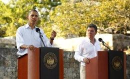 El presidente de EEUU, Barack Obama y el de Colombia,  Juan Manuel Santos (2012)