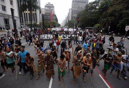 El Gobierno escuchará las demandas de los indígenas en la nueva ley territorial