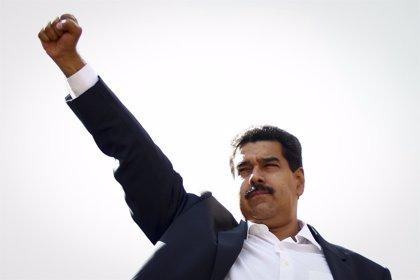 Maduro insta a los venezolanos a estar alerta