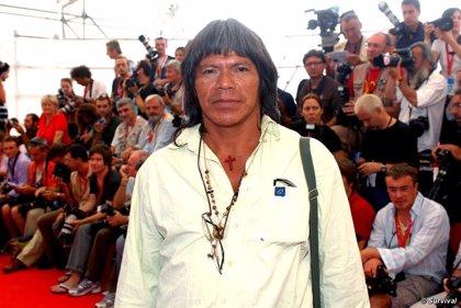 Encuentran cadáver de indígena brasileño