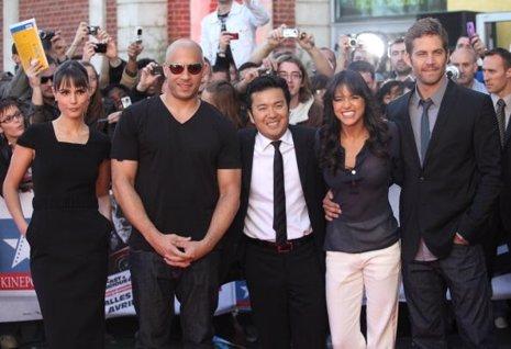 Fast and Furious detiene el rodaje tras la muerte de Paul Walker