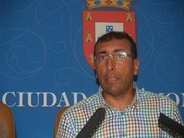 El líder de la oposición en la Asamblea de Ceuta, Mohamed Ali