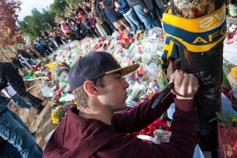 Miles de personas despiden a Paul Walker en el lug