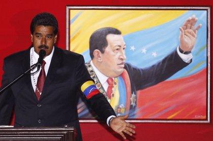 Maduro amenaza con llevar ante la Justicia a quien se burle de Chávez