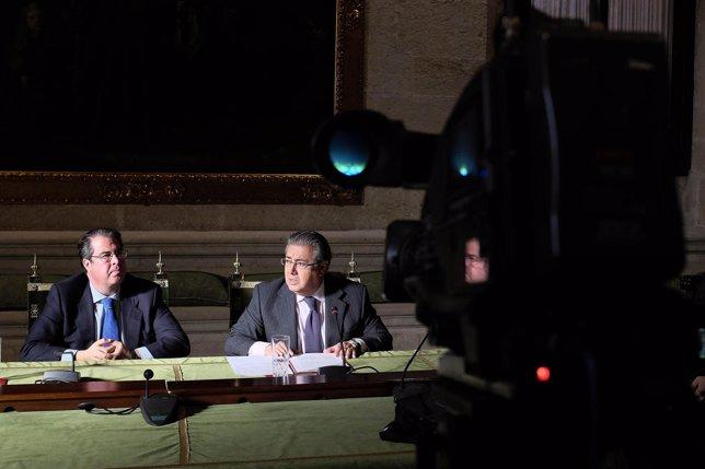 Serrano y Zoido, en rueda de prensa
