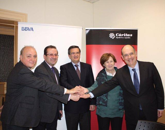 Acuerdo entre el BBVA y Cáritas para ceder 50 viviendas de alquiler social