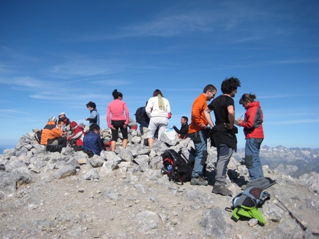 Senderistas y montañeros en Aragón