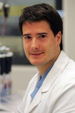 El científico Carlos Cruchaga.