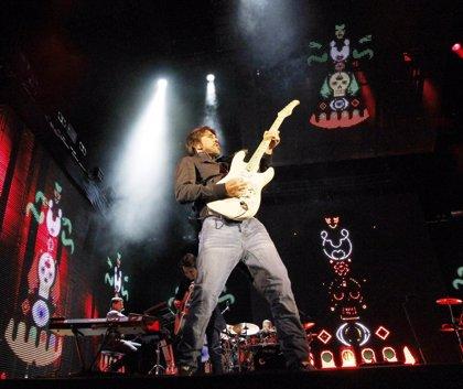 El cantante Juanes regresa a los medios con su sencillo 'La Luz'