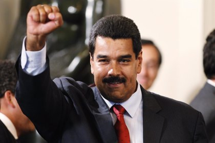 Maduro quiere precios justos en juguetes y otros productos navideños