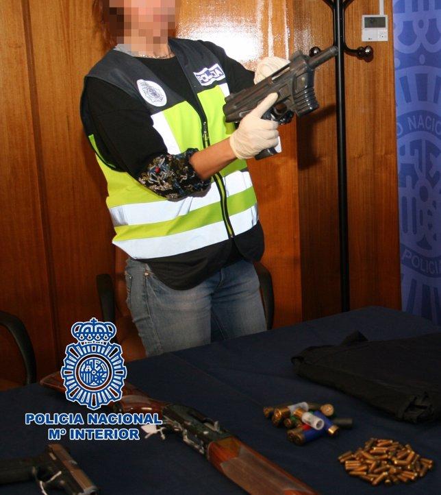 Material intervenido por la Policía