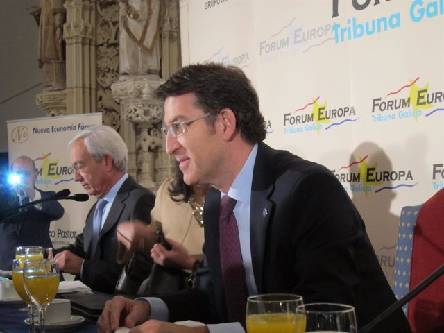 Feijóo, presidente de la Xunta, en el desayuno de Pilar Rojo