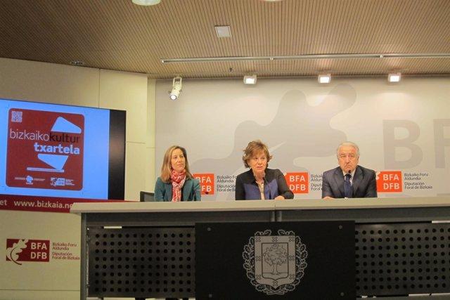 Inés Monguilot, Josune Ariztondo y Pedro Campo