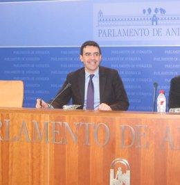 Mario Jiménez, este viernes en rueda de prensa