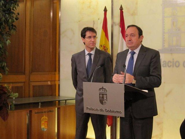 El presidente del Gobierno de La Rioja, Pedro Sanz, junto a Gonzalo Capellán