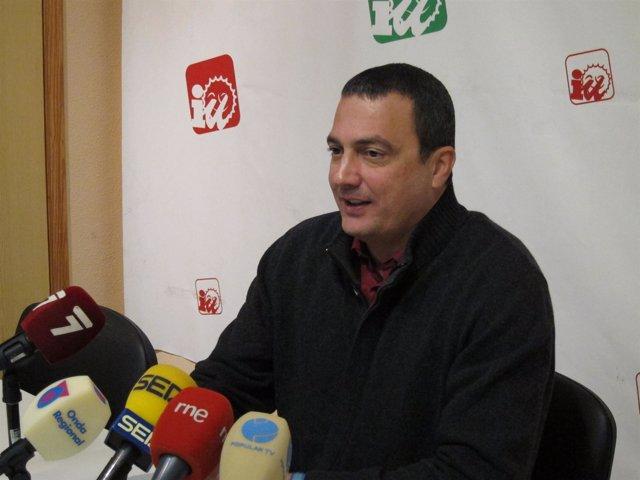 El coordinador y diputado de IU-Verdes, José Antonio Pujante