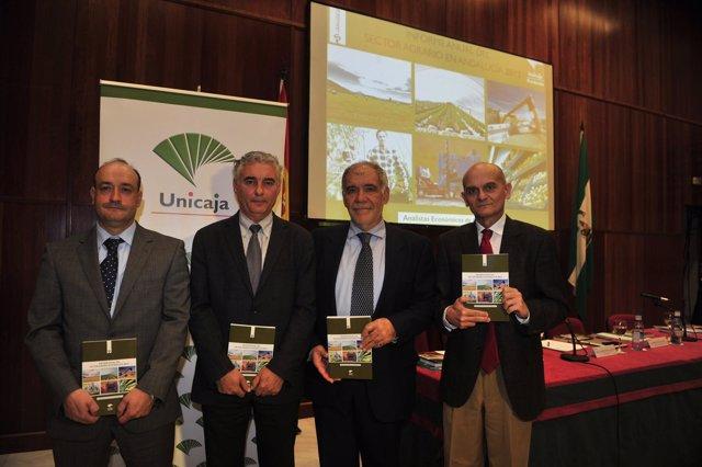 Presentación informe sector agrario Unicaja.