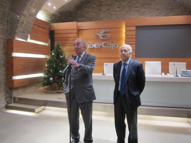 El presidente de Ibercaja, Amado Franco, y el director, José Luis Aguirre.