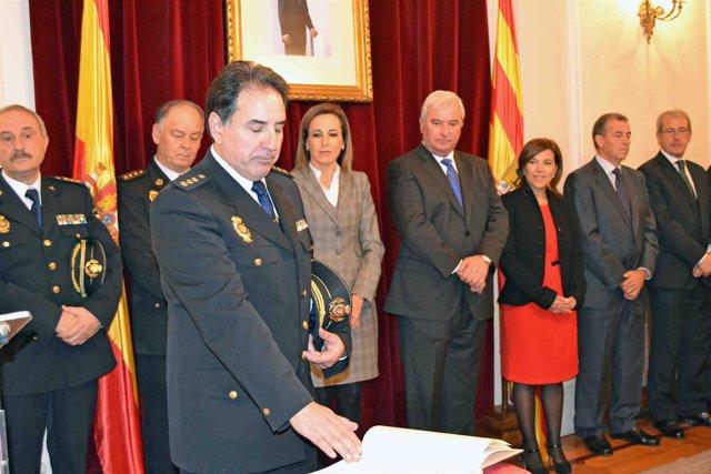 Fernando Pascual tomando posesión este viernes en Huesca