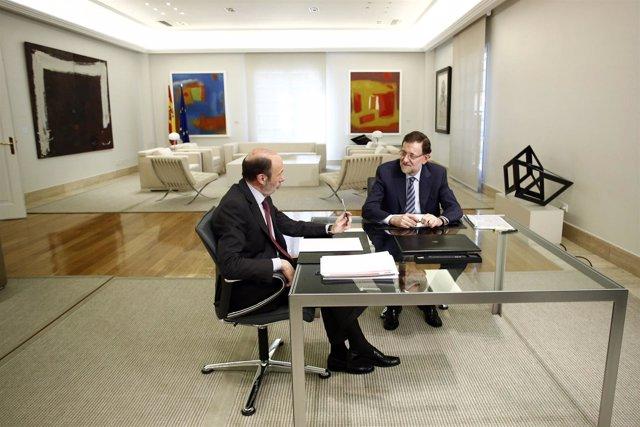 Rajoy y Rubalcaba en la Moncloa (Archivo)