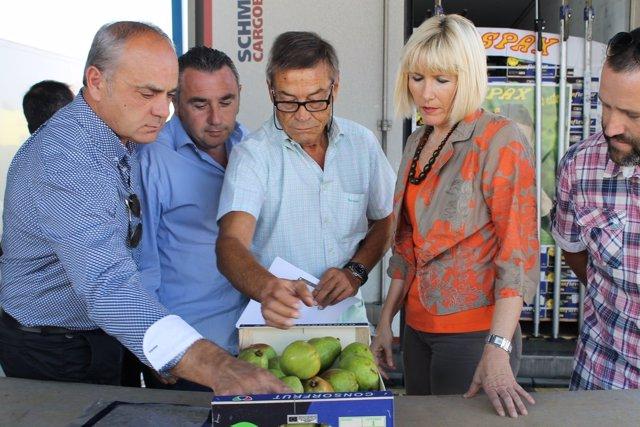Inma Manso, en una visita en septiembre a la aduana Edulle