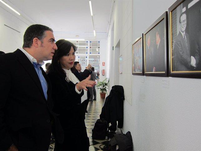 Bendodo y Chen visitan la exposición en La Térmica