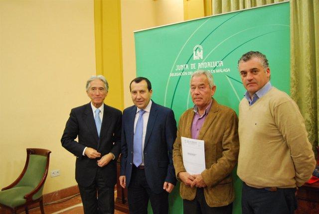 Ruiz Espejo y Carnero, en rueda de prensa.
