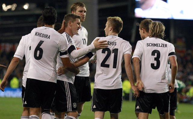 Khedira, Reus, Schweinsteiger, selección alemana en el Irlanda - Alemania