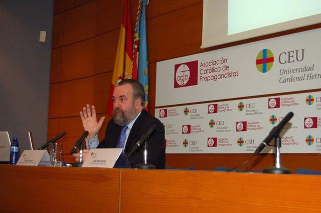 El doctor Javier Turón en 'Orienta'
