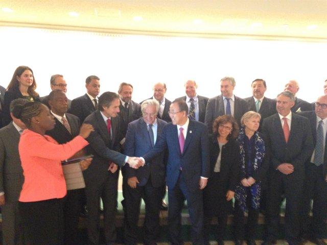 De la Serna saluda al secretario general de la ONU