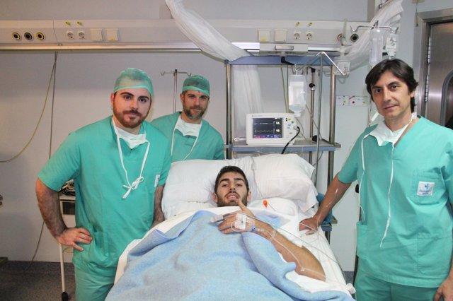 José Ángel Antelo, intervenido quirúrgicamente