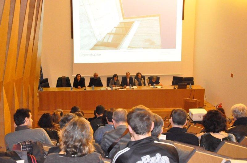 A Universidade de Vigo manterá o \
