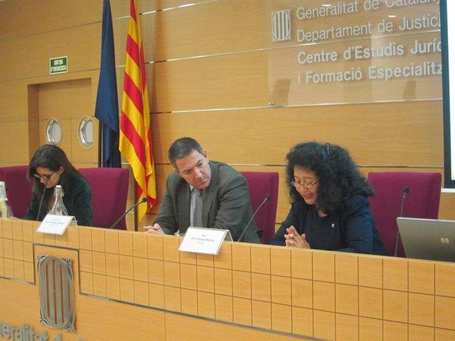 Juez Iris Yassmín Barrios; Miquel Sàmper (Cicac) Gemma Calvet (ERC)